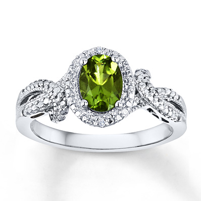 peridot engagement rings the one bride guide. Black Bedroom Furniture Sets. Home Design Ideas